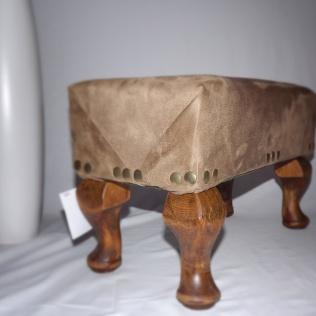 side footstool 2